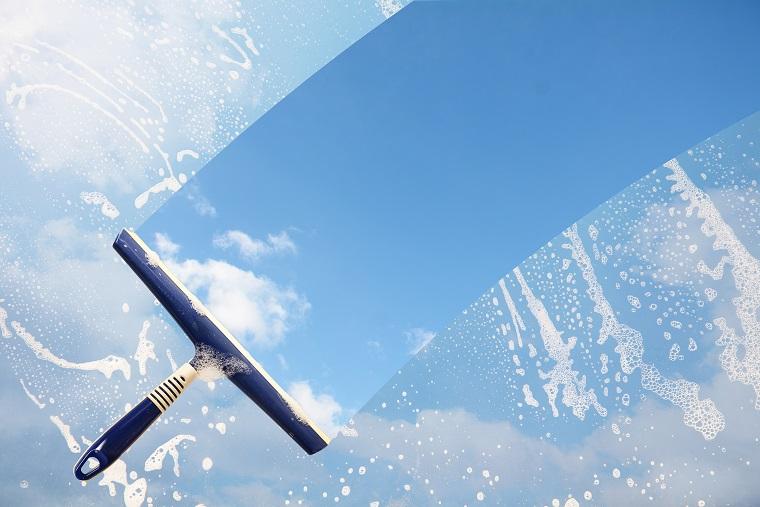 Cleaning Express Gebäudedienste GmbH bietet Ihnen Glas- und Fassadenreinigung an
